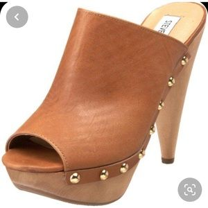 Steve Madden open toe studded clogs